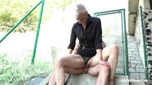 grandmams-18-12-18-old-mistress-having-submissive-fun.jpg