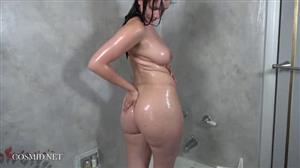 cosmid-19-01-11-zoey-lee-takes-a-shower-again.jpg