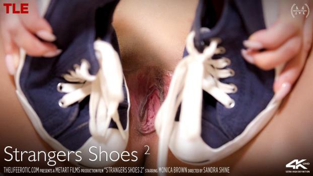 thelifeerotic-19-01-13-monica-brown-strangers-shoes-2.jpg