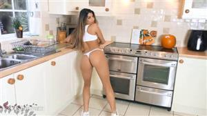 cosmid-19-01-14-trina-jackson-kitchen-video.jpg