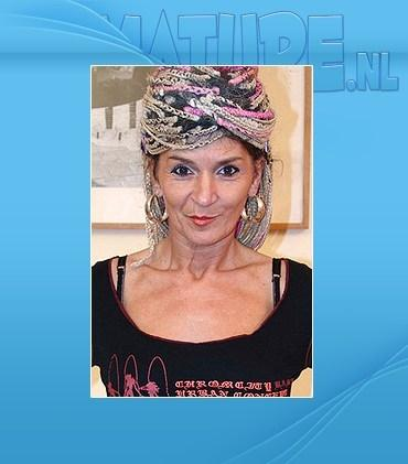 Evalina (48)